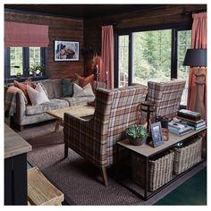 Aspen Lodge, Scandinavian Home Interiors, Country Interiors, Lodge Decor, Modern Kitchen Design, Interior Styling, Outdoor Furniture Sets, Family Room, Furniture Design