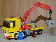 legotrein forum // legotrain forum :: Onderwerp bekijken - Le porteur-grue lego