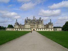 Château de Chambord, châteaux de la Loire construit sur ordre de François Ier pour se rapprocher de sa maîtresse la Comtesse de Thoury, construit sur une courbe du Cosson, petit affluent de la rivière Beuvron, Loir-et-Cher, France