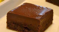 The Most Amazing Fudgy Chocolate Cake Cookie Desserts, Sweet Desserts, Sweet Recipes, Cookie Recipes, Jednostavne Torte, Brze Torte, Posne Torte, Torte Recepti, Kolaci I Torte