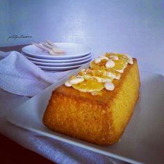 Avete presente quei giorni in cui desiderate fortemente qualcosa? Ecco...questa torta nasce da una voglia matta di un dolce all'arancia senza uova, né burro né latte! Per questo motivo quando mi sono imbattuta nelblogcarinissimo di Nicole e ho visto questa ricettanon ho avuto dubbi: sarebbe …