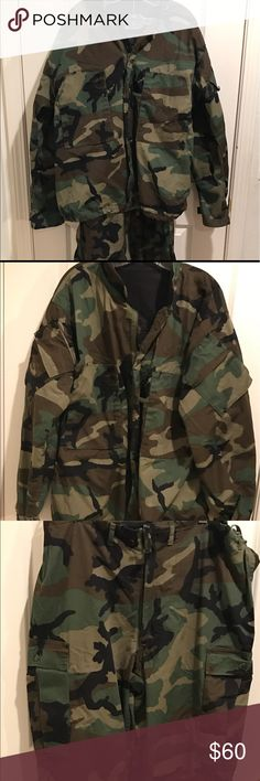Authentic Fatigues Military Army Camo Outfit M Great condition, Jacket & Pants are both Medium, Zip bottom pants. Other