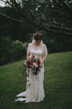 LOVE the jasmine falling from the bouquet and the colours - amazing!