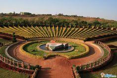 Lava Kusha Vana, Alamatti Dam, Bijapur, Karnataka    @ http://ijiya.com/8236616