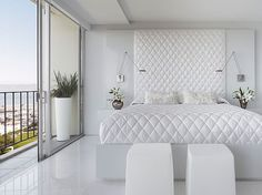 White bedroom paint colors are one of the neutral colors that are best suited for narrow spaces. The idea of ​​an all-white bedroom in the picture above is equipped with a large window. So that the all-white bedroom above looks brighter and more spacious. White Bedroom Design, White Bedroom Decor, White Bedroom Furniture, Bedroom Ideas, Bedroom Designs, Bedroom Inspiration, White Decor, Furniture Sets, Bedroom Photos