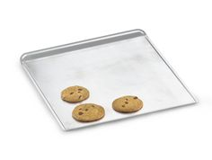 Cookie Sheets: 6 Things to Know Before You Buy