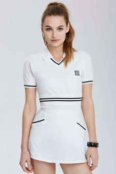 Vintage chanel tennis toulouse tennis set shop all at nasty gal Tennis Outfits, Tennis Wear, Tennis Shoes Outfit, Tennis Dress, Tennis Clothes, Sporty Outfits, Golf Outfit, Fashion Outfits, Fashion Clothes