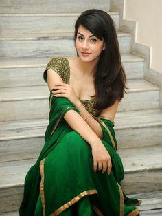 Indian Desi beauties Indian beautiful girl – Indian Desi Beauty – Indian Beautiful Girls and Ladies Beautiful Girl In India, Beautiful Girl Image, Beautiful Saree, Beautiful Bollywood Actress, Most Beautiful Indian Actress, Beautiful Actresses, Cute Beauty, Beauty Full Girl, Beauty Women