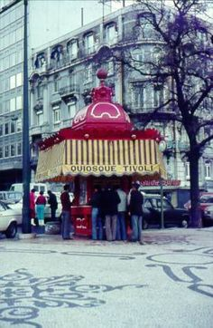 - vintage food kiosks to eat and drink on the go - Sea Activities, Brazilian Portuguese, Iberian Peninsula, Western World, Most Beautiful Cities, Kiosk, Holiday Destinations, Vintage Food, City