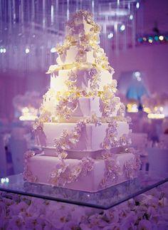 For those who love cake.....beautiful design.