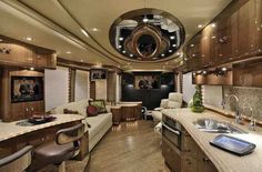 2012 Used Liberty Coach ELEGANT LADY Class A in Florida FL.Recreational Vehicle, rv, The Lorenzo EditionThis next generation H3-45 exterior creates an incredible contrast using Tuxedo Black, Pearl White, Titanium Silver, and offset by Merlot pinstriping. Once again the Liberty Coach design team takes interior design to another level combining High Gloss finished Walnut cabinetry, a Walnut floor, warm leather upholstery and fabric colors, and introducing a completely new ceiling design and…