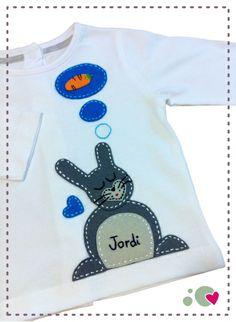 Camiseta http://punt-a-punt.blogspot.com/2011/08/la-camiseta-de-jordi.html?spref=tw