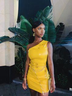 Last Night's Look ✨ Pleated Midi Skirt, Peplum Dress, Dress Up, Bodycon Dress, Skirts For Sale, Dresses For Sale, Mini Skirts, Ebony Beauty, Mellow Yellow