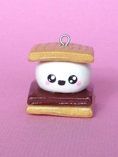 Kawaii Polymer Clay S'more Charm by PixieAddictions on Etsy Fimo Kawaii, Polymer Clay Kawaii, Fimo Clay, Polymer Clay Charms, Polymer Clay Projects, Polymer Clay Art, Clay Crafts, Polymer Clay Miniatures, Polymer Clay Creations