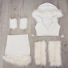 costume, girl, and Halloween image Eskimo Halloween Costume, Handmade Halloween Costumes, Bunny Costume, Halloween Outfits, White Costumes, Girl Costumes, Costume Ideas, Halloween Kleidung, Fantasias Halloween