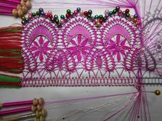 Dentelle : la guipure N° 30 (suite 4) Bobbin Lacemaking, Lace Heart, Lace Jewelry, Lace Making, Lace Detail, Projects To Try, Couture, How To Make, Handmade