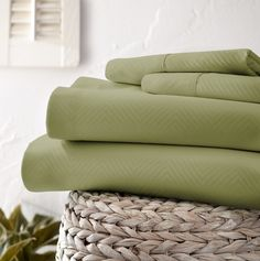 Our elegant 4-Piece Chevron Sheet Set is velvety smooth with exceptional durability. This piece is the ideal bedding for your home. The quality of microfiber sheets is exceptional with its ability to resist static and stains while keeping you warm and dry. With these wrinkle-free sheets you'll never have to worry about ironing your sheets again.