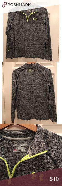 Under Armour quarter zip Barely worn Under Armour Tops Sweatshirts & Hoodies