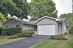 3250 Oberlin Pl, Columbus, OH 43221. 3 bed, 2 bath, $259,900. NEW LISTING - OPEN S...