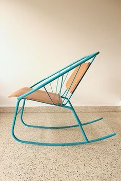Quince rocking chair by Doel Fresse. Part of the Design in Puerto Rico collective Colorful Furniture, Metal Furniture, Diy Furniture, Modern Furniture, Furniture Design, Sheet Metal Wall, Metal Bending, Tropical Design, Garden Chairs