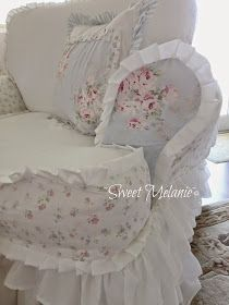 I used some Shabby Chic sheets I had left over for the floral part. It goes so nicely with the Bella Rose Blue fabric. Shabby Chic Kitchen, Shabby Chic Decor, Shabby Chic Sheets, Shabby Chic Fabric, Old Vanity, Simply Shabby Chic, Sofa Covers, Interior Design Living Room, Bedroom Decor