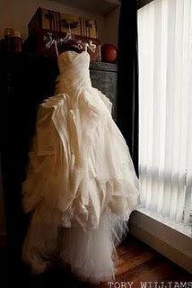 Her dress just looks awesome when its hanging there....