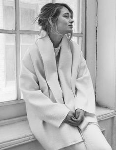Chic Style - cosy white coat with shawl collar Looks Style, Looks Cool, Style Me, Look Fashion, Winter Fashion, Womens Fashion, Fashion Design, Catwalk Fashion, Inspiration Mode