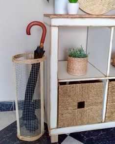 Umbrella Holder, Ikea Ideas, Interiores Design, Home Living Room, Ideas Para, Creative Inventions, Creativity, Ideas, Tv Walls