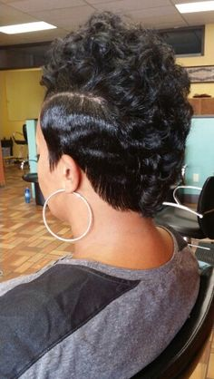 Mohawk! Love Hair, Great Hair, Gorgeous Hair, Mohawk Hairstyles, My Hairstyle, Black Hairstyles, Short Sassy Hair, Short Hair Cuts, Locks