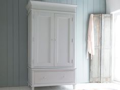 Take a look at the Atelier wardrobe in our scuffed grey paint. This lovely wardrobe inspired by an old armoire we found goes brilliantly with our French. Home Bedroom, Bedroom Furniture, Bedroom Decor, Bedroom Ideas, Bedrooms, Wooden Bedroom, Oval Room Blue, Comfy Sofa, Vintage Wardrobe