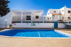 Ethnic Brown Apartment in Albufeira. Holiday Destinations. Where to stay in Albufeira. Vacation Rental in Albufeira. Alojamento local in Albufeira. // WarmRental // Find more: http://www.warmrental.com/ethnic-brown-duplex-apartment-albufeira/l.940