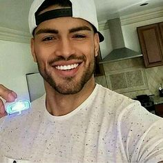 Beautiful smile, gorgeous eyes, sexy facial hair, love his dark hair! Black Is Beautiful, Gorgeous Men, Beautiful People, Beautiful Smile, Handsome Black Men, Handsome Guys, Black Man, Hommes Sexy, Fine Men