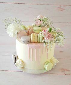 Purppurahelmi: Hääkattausta Pikkupalatsiin Tampereelle Birthday Cakes, Birthday Cake, Happy Birthday Cakes