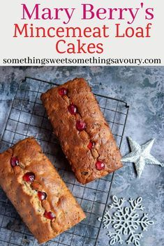 Mary Berry's Mincemeat Loaf Cake is an perfect easy, one bowl fruit cake – and it's a perfect recipe for using up that half empty jar of mincemeat. Bake Off Recipes, Easy Cake Recipes, Baking Recipes, Fruit Cake Recipes, Easy Fruit Cake Recipe, Christmas Fruit Cake Recipe, Mary Berry Cake Recipes, Nutella Recipes, Christmas Cakes