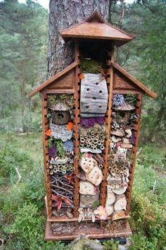 Как привлечь в сад полезных насекомых | Дачный сад и огород