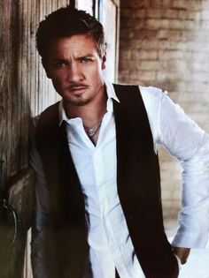 I agree with this look completely... the goatee, white shirt + black vest, hairstyle...
