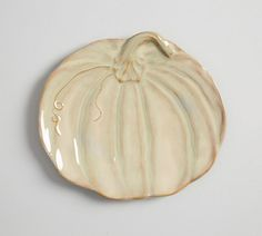 Rustic Pumpkin Plate - Green from Pottery Barn Hand Built Pottery, Slab Pottery, Ceramic Pottery, Pottery Barn, Pottery Wheel, Pottery Supplies, Pottery Classes, Ceramic Plates, Ceramic Art