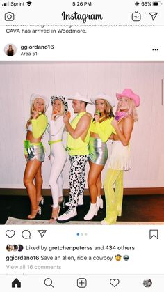 Cowgirl Halloween Costume, Cute Group Halloween Costumes, Trendy Halloween, Halloween Outfits, Cowboy Costumes, Teen Costumes, Woman Costumes, Couple Costumes, Pirate Costumes