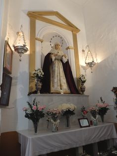 Alcazaba. Capilla de Jesús Nazareno de las Torres. Imagen de la Virgen de las Animas. Desde 1953 esta en esta capilla es obra de Jesús Navas-Parejo.