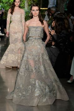 Elie Saab Couture Was a Fairytale Explosion of Feathers and Beading 6fde30fbb4fd