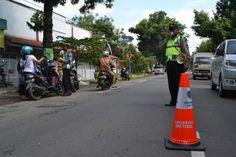 TRIBRATAnews.com – Satlantas Polres Tegal Imbau Warga Agar Tertib Berkendara Dengan Pengeras Suara di Jalan Raya