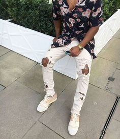 Men's streetwear ripped jeans Men's streetwear ripped jeans , knee caps and ankles ripped Made by TrendingClothing Handmade Jeans Slim Straight Fashion Mode, Fashion Killa, Urban Fashion, Fashion Outfits, Fashion Trends, Mode Streetwear, Streetwear Fashion, Streetwear Jeans, Streetwear Summer