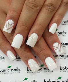 Dimonds Nails : Image Description Got a romantic date? Or you're going to prom or any of that formal events? This classy white nail art with naked chevron design accentuated with diamonds and a glittery nail is what you need for an overall elegant look. White Gel Nails, White Nail Art, Glitter Nails, White Acrylic Nails With Glitter, White Nail Designs, Nail Art Designs, Nails Design, Nail Designs With Gems, White Nails With Design