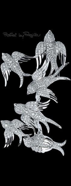 Regilla ⚜ Colette, Finger Swallow Flock Ring
