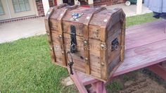 Treasure Chest Cooler From Reclaimed Pallets Pallet Furniture