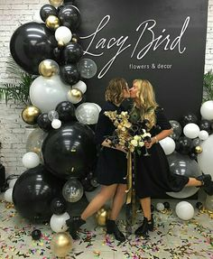 56 amazing balloon decor ideas for all celebration – Artofit 21st Party, 30th Birthday Parties, Grad Parties, Mom Birthday, Birthday Party Decorations, Party Themes, Balloon Arch, Balloon Garland, Balloon Decorations