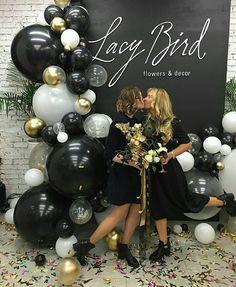 56 amazing balloon decor ideas for all celebration – Artofit 21st Party, 40th Birthday Parties, Grad Parties, 21st Birthday, Birthday Party Decorations, Balloon Arch, Balloon Garland, Balloon Decorations, Flower Decorations
