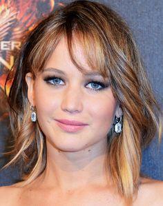 Jennifer Lawrence's Shoulder-Length Waves and Bangs