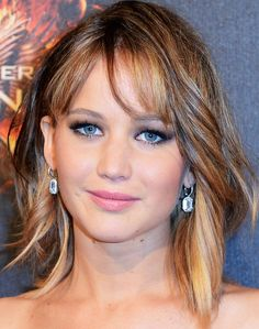 Jennifer Lawrence's Shoulder-Length Waves and Bangs