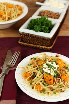 Roasted Butternut Squash Pasta with Ricotta and Toasted Walnuts | Creative-Culinary.com